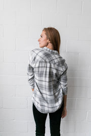 Easygoing Plaid Buttondown