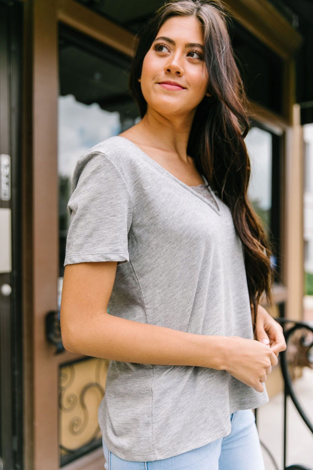 Peekaboo Lace Tee In Gray