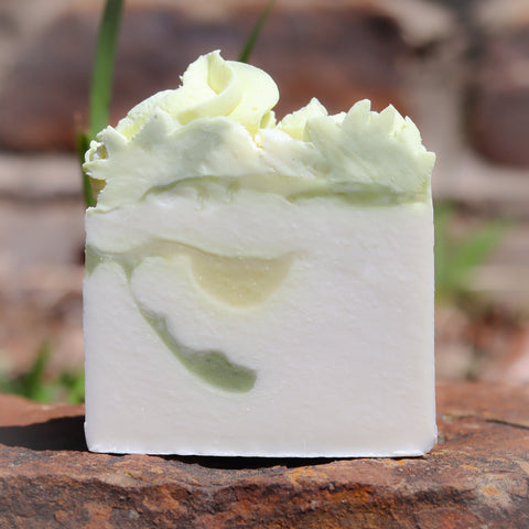 GREEN TEA AND LEMON GRASS SOAP