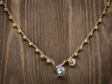 Load image into Gallery viewer, Peridot Beaded Necklace