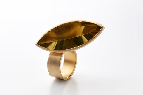 Hidden Secret ring in 18k gold with citrine, jewellery by Rembrandt Jordan