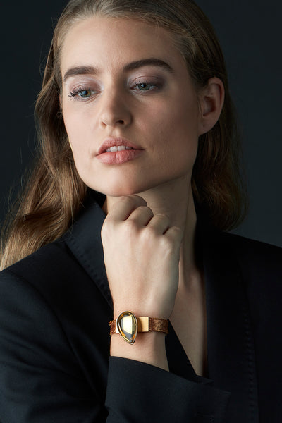 bracelet hidden secret, citrine, salmon leather, 18k gold, jewellery by rembrandt jordan