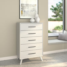 Load image into Gallery viewer, Tranquility Chest, White