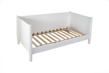 Load image into Gallery viewer, Flynn Day Bed, White