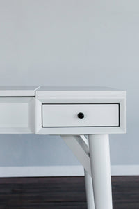 Flynn Bedroom Vanity, White