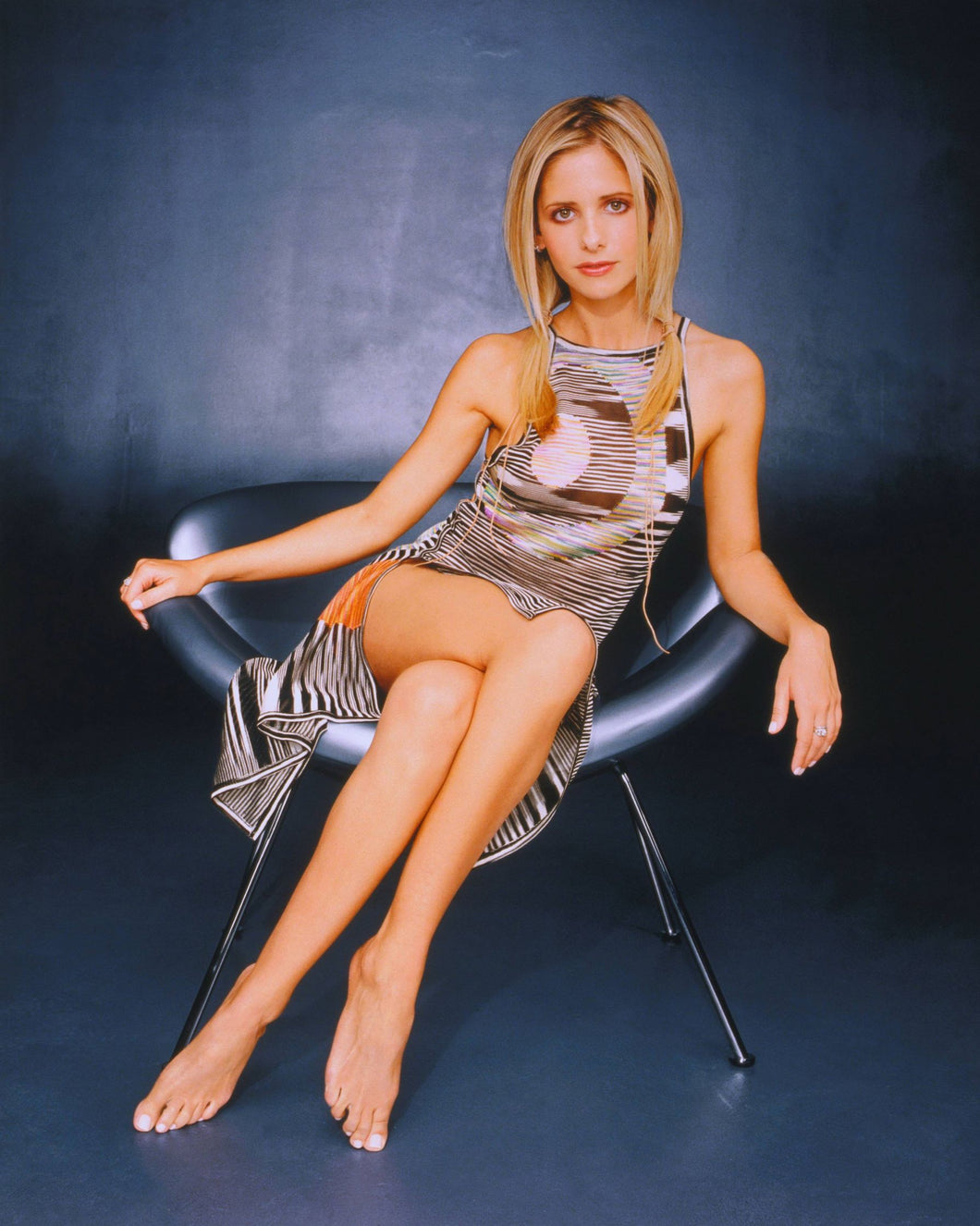 Sarah Michelle Gellar - Signed Poster Image #3 (16x20)