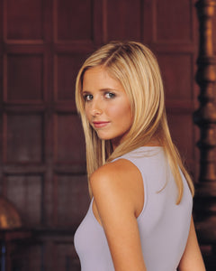 Sarah Michelle Gellar - Signed Buffy the Vampire Slayer Image #12 (8x10)