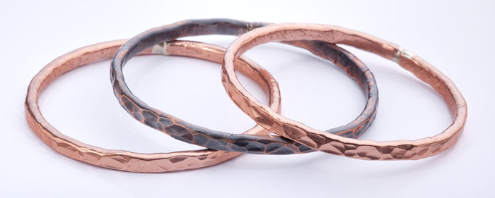 Single (1) -Flat Hammered Copper Bangle - (Shiny)