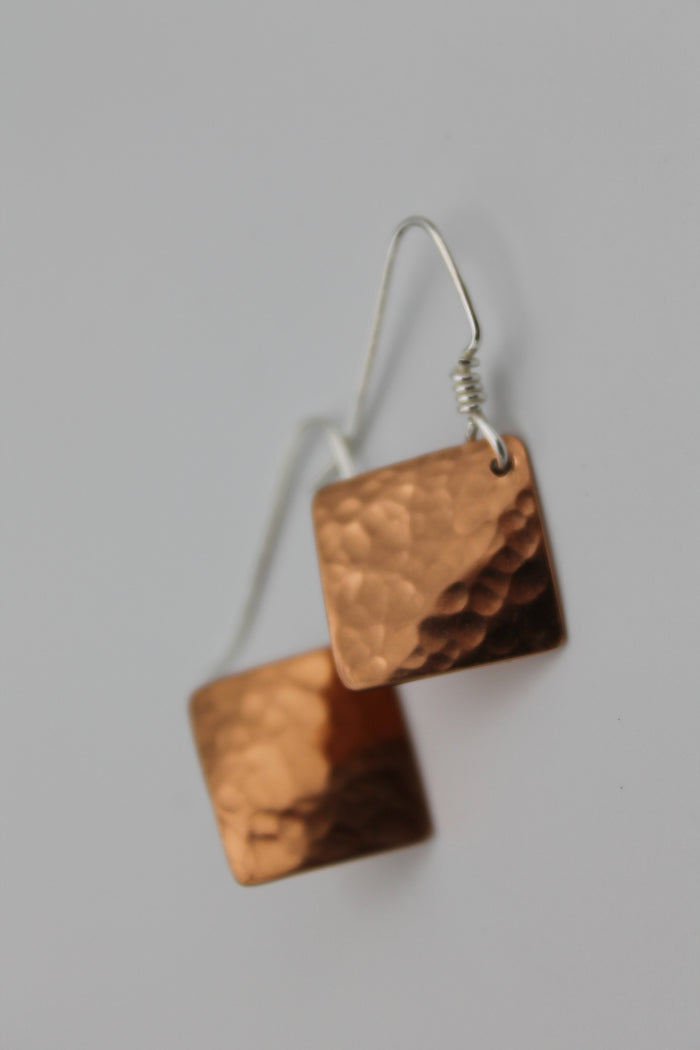 Egyptian Queen Sm. Diamond Copper Earrings (Shiny)