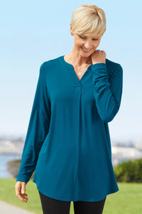 Knit Traveler Solid Henley Tunic