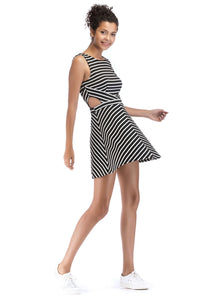 Misses M Drs Sleeveless Skater Dress With Cutouts