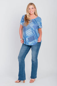 Plus Size Patchwork Print Scoop Neck Tee Blue United