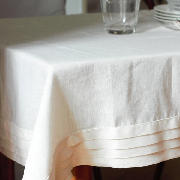 LINEN PLEATS TABLECLOTH