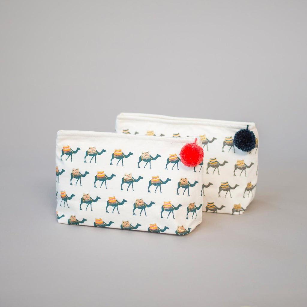 CAMEL MAKE-UP BAG