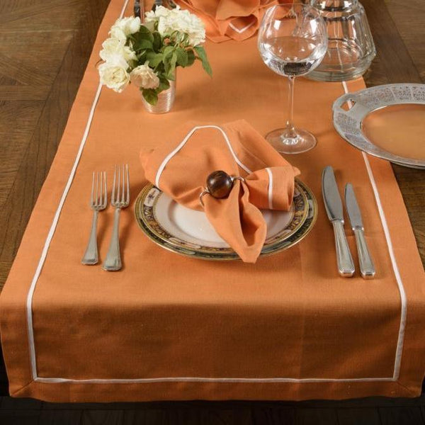 PLEATS LINEN TABLE RUNNER