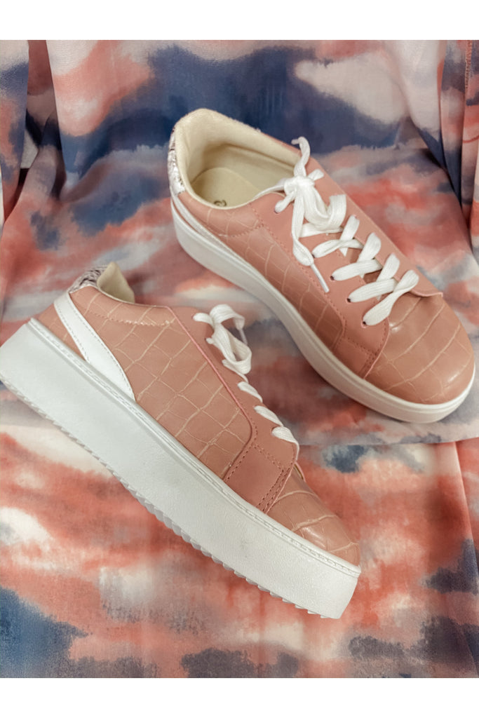 Moody Sneakers Blush