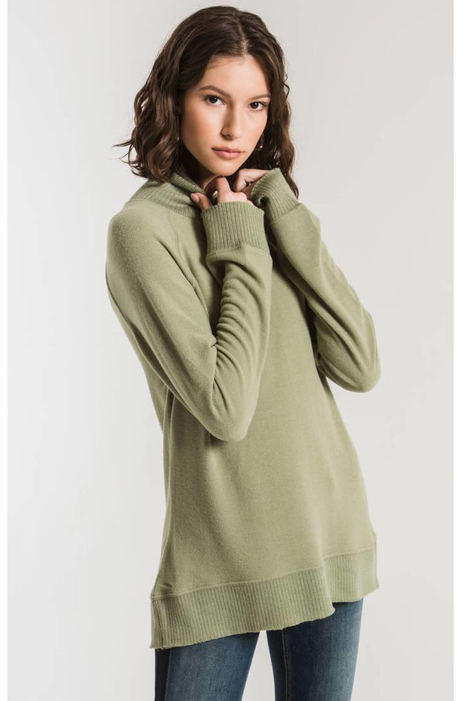 The Soft-Spun Mock Neck P/O Oil Green