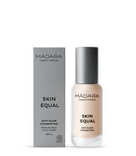Laden Sie das Bild in den Galerie-Viewer, Mádara Skin Equal Foundation #10 Porcelain 30ml