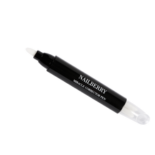 Laden Sie das Bild in den Galerie-Viewer, Nailberry Miracle Pen Corrector 4,5ml