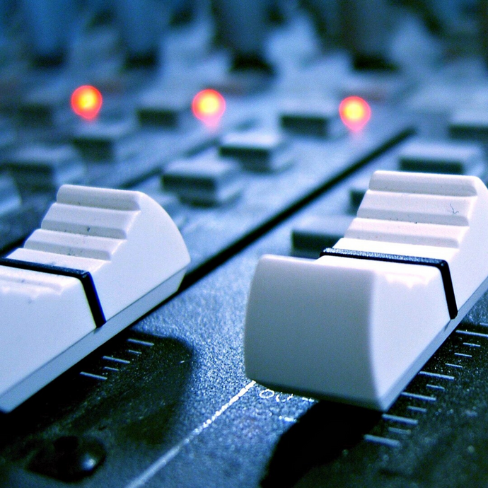 Difference Between Mixing and Mastering For The Layman