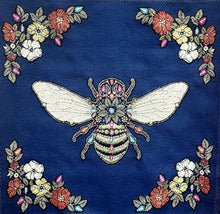 Charger l'image dans la galerie, Coussin Abeille Royale Cushion $89.99 / 2 options couleurs : Bleu Royal ou Émeraude / Napoléon / Royal Bee / Canevas made in France canvas / petit-point broderie / forme mousse 100% polyester