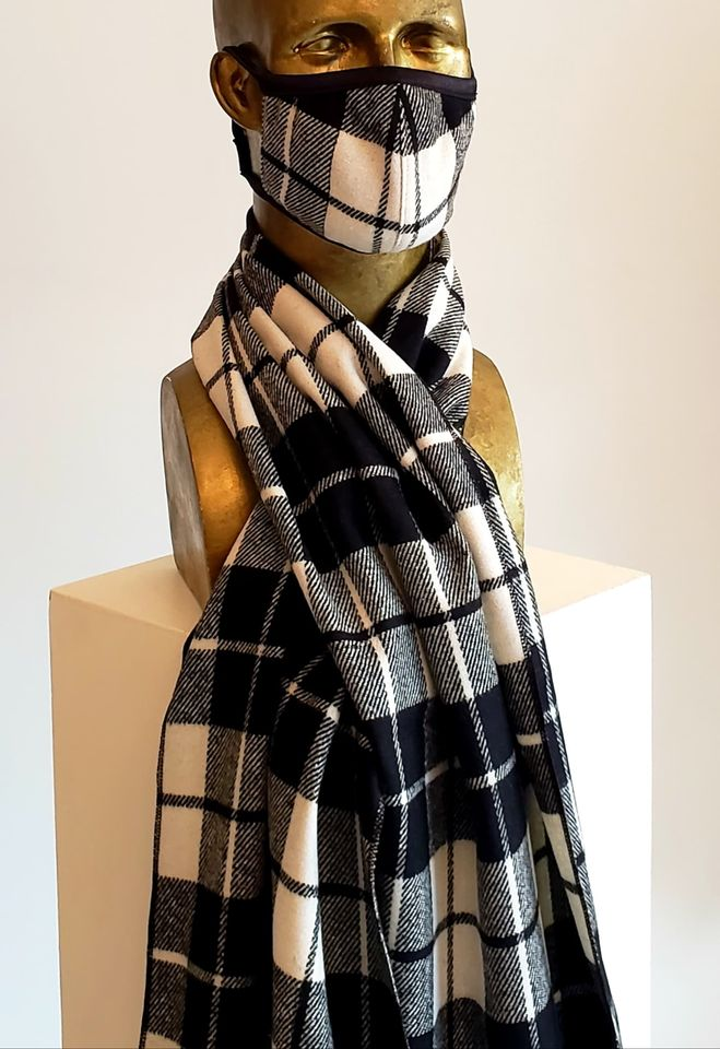 Masque 29,99 et Foulard 59,99 / 100% laine Tartan noir et ivoire / wool mask and scarf / plaid Black and ivory/ masque et foulard en laine