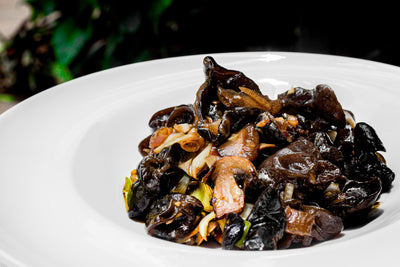 Stir Fry Mixed Mushrooms with Oyster Sauce | 88 | Chinese Restaurant Delivery | Villa Rosa Kempinski