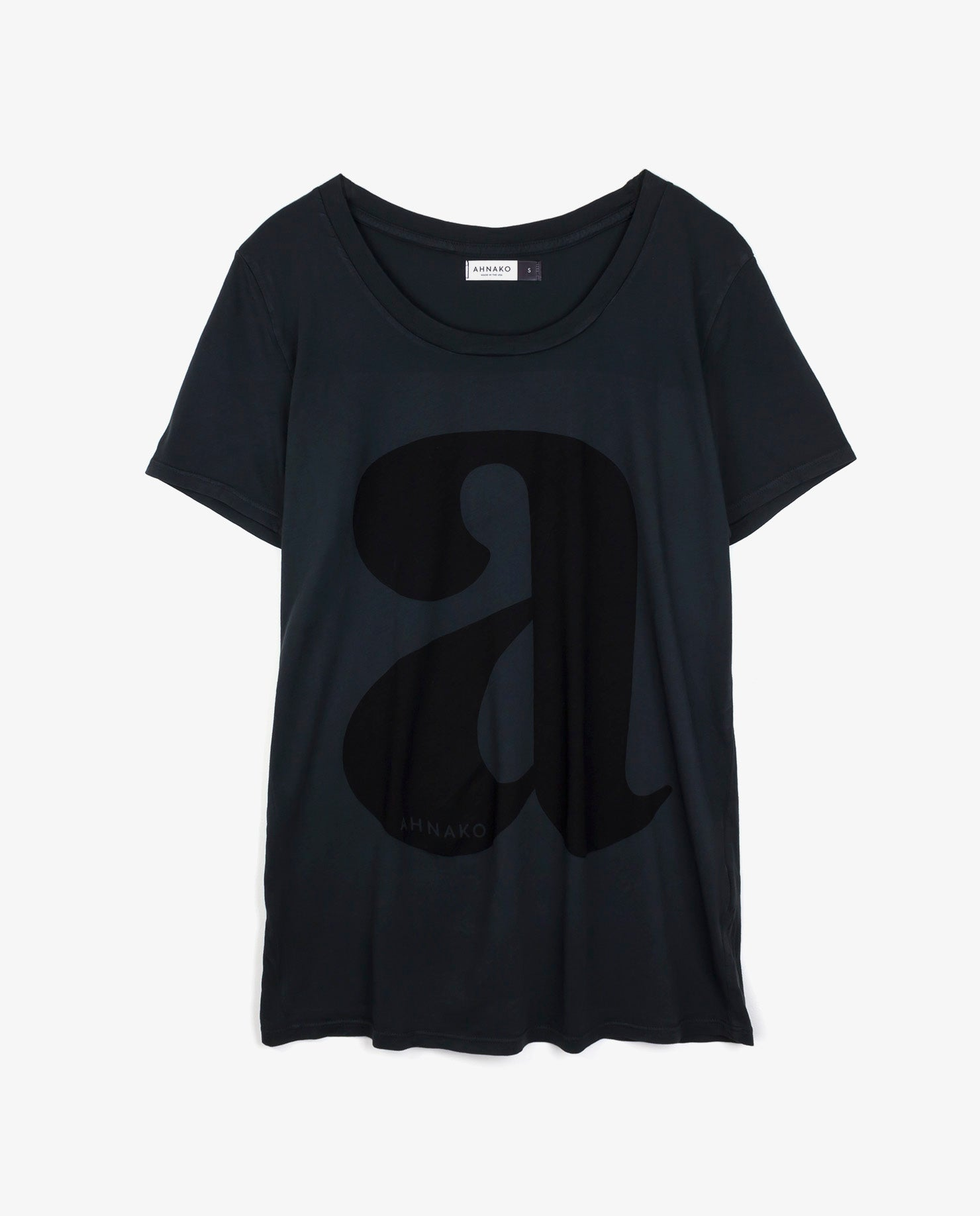 "Ahnako Women's Lowercase ""a"" - Vintage Black T-shirt"