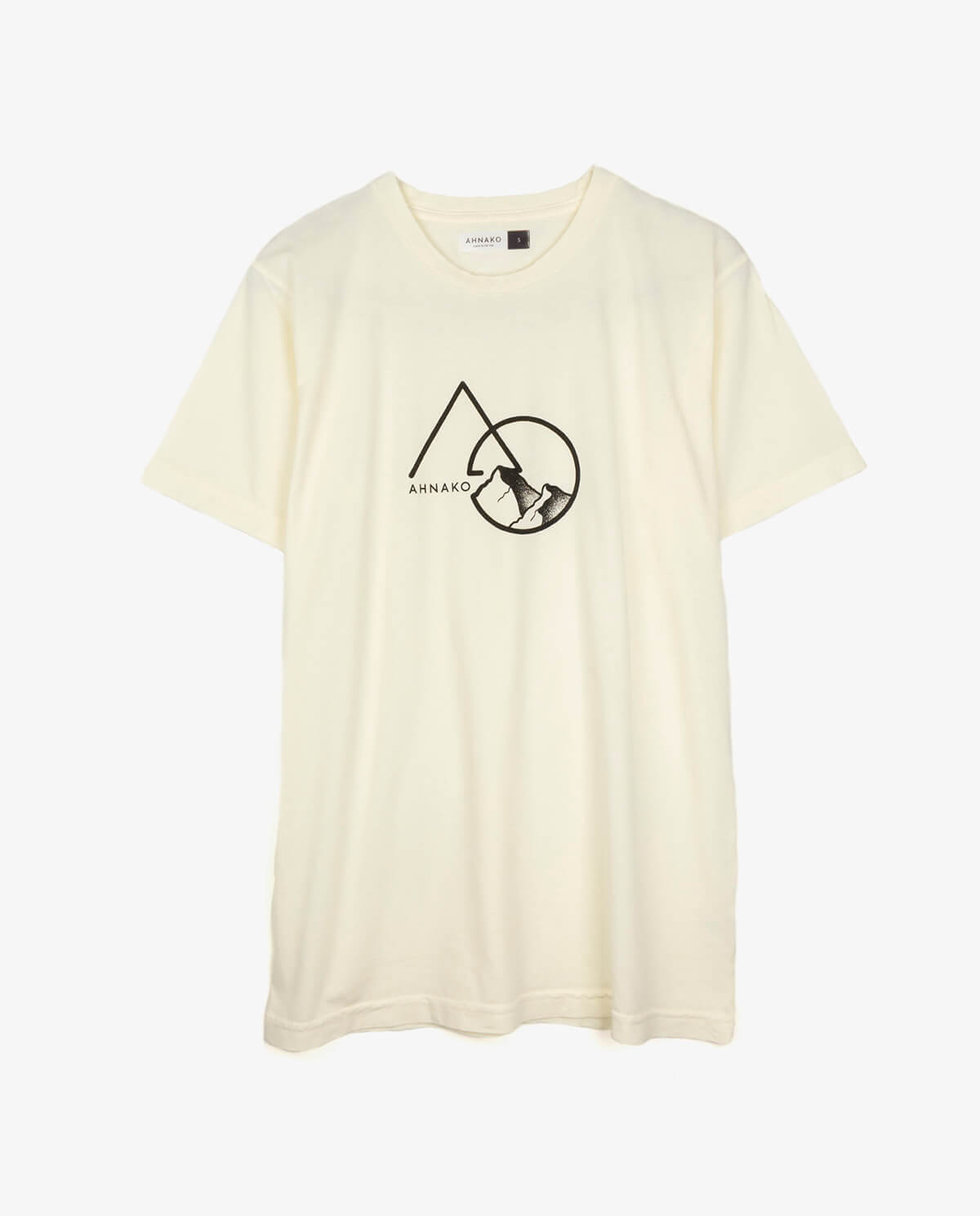 Ahnako Mountains - Cream T-shirt