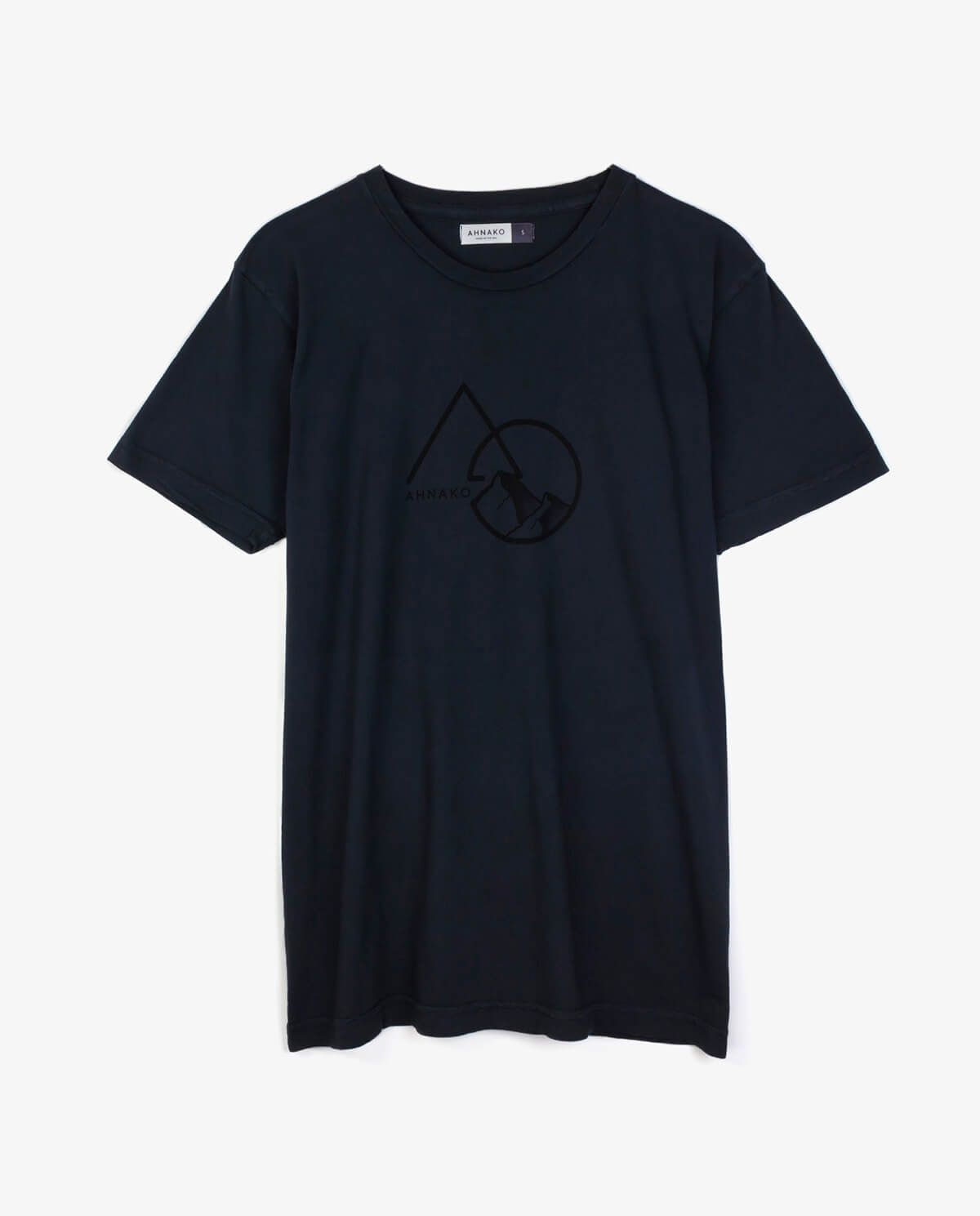 Ahnako Mountains - Vintage Black T-shirt