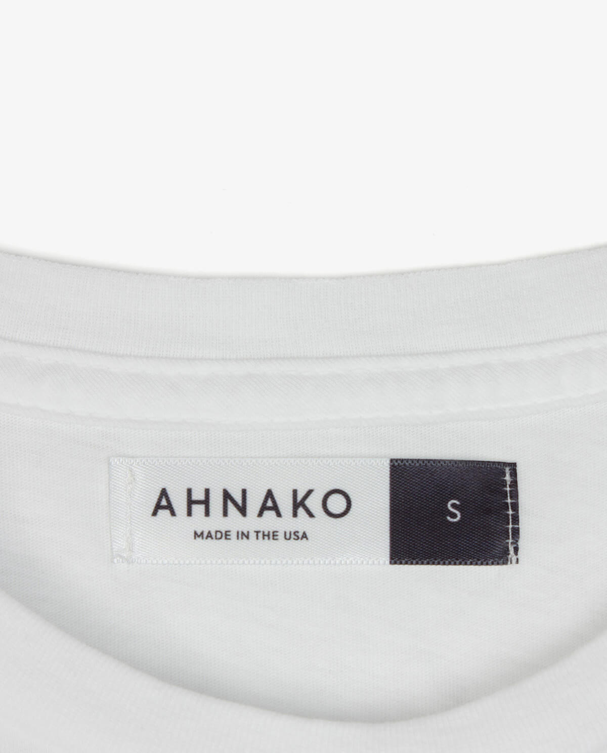 Ahnako Basic Tee Shirt - White - Clothing Tag