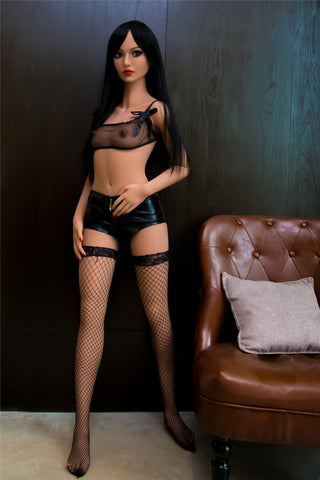 REALISTIC SEX DOLL
