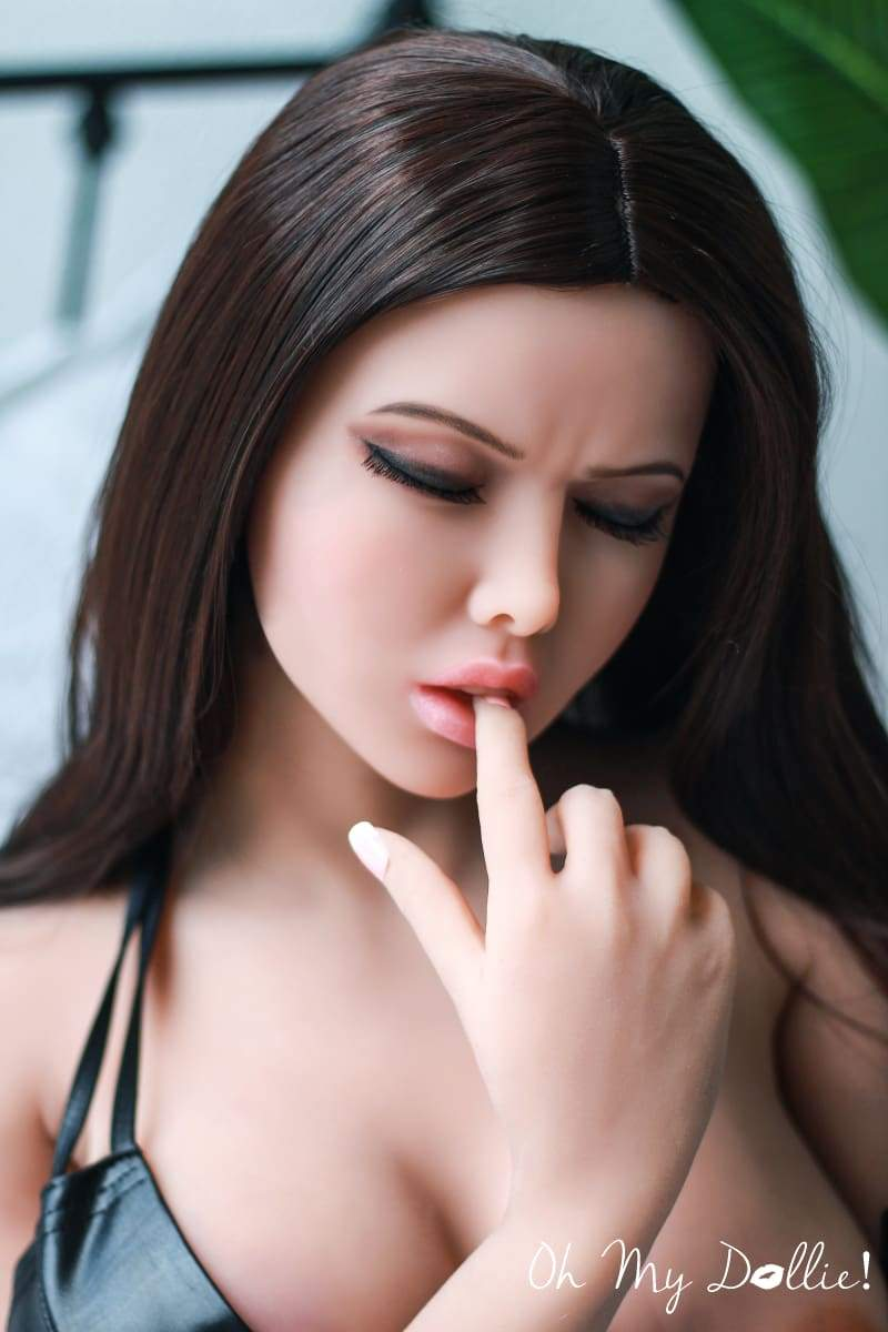 Chat With a Sex Doll