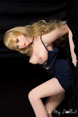 Sex Doll Gelena- 5ft4in (165 cm) Non-Branded