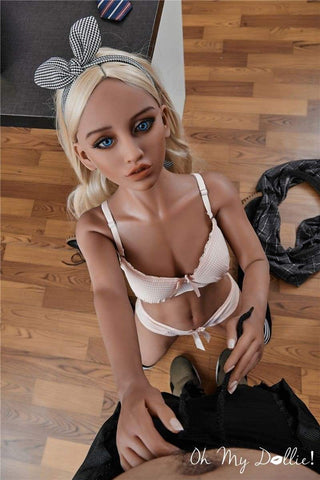 Sex Doll Ari- 4ft10in (150 cm)- Real Doll