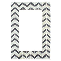 Chevron Pattern Monochrome Mirror Image