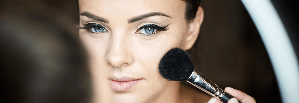 Makeup and Eczema: Do's and Don'ts