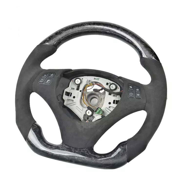 BMW E82/88/90/92/93 FORGED CARBON FIBER FLAT BOTTOM STEERING WHEEL