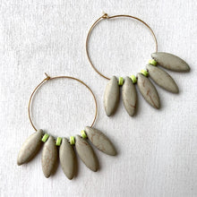 Load image into Gallery viewer, David Aubrey: Grey Point Earrings - Indie Indie Bang! Bang!
