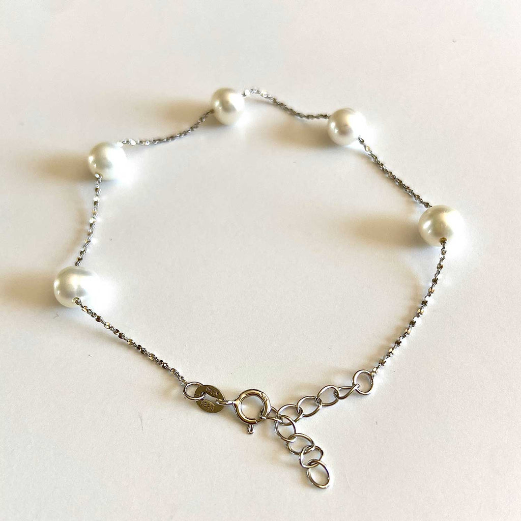Cultured Pearl and Silver Bracelet