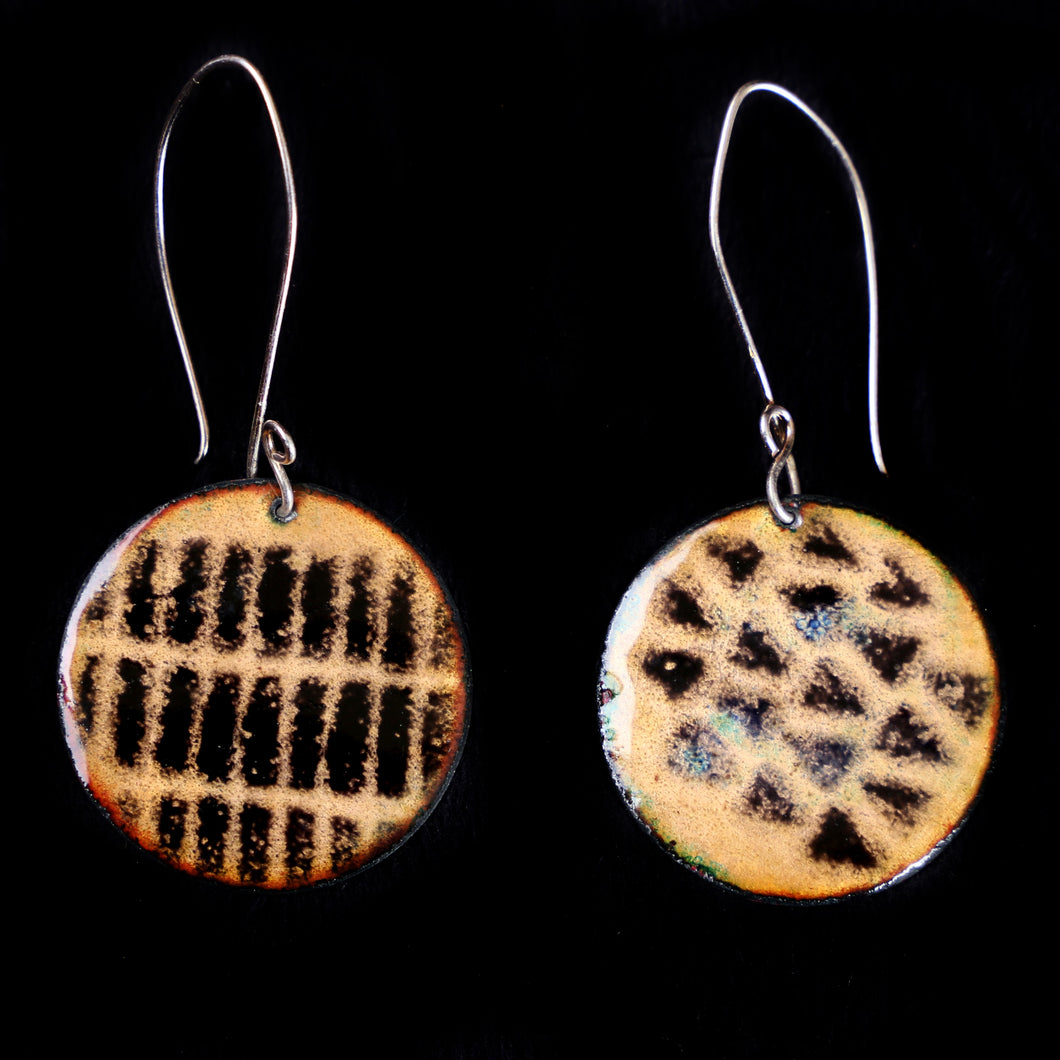 Earrings Enameled With Stencils And Beads