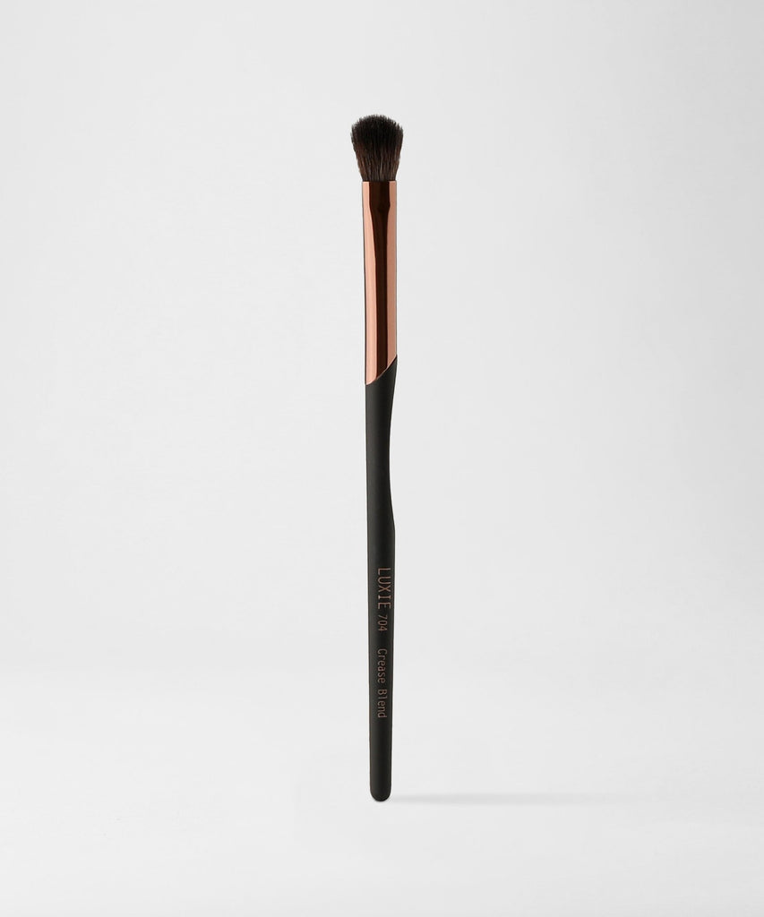 LUXIE 704 Crease Blend Brush - ProTools - luxiebeauty