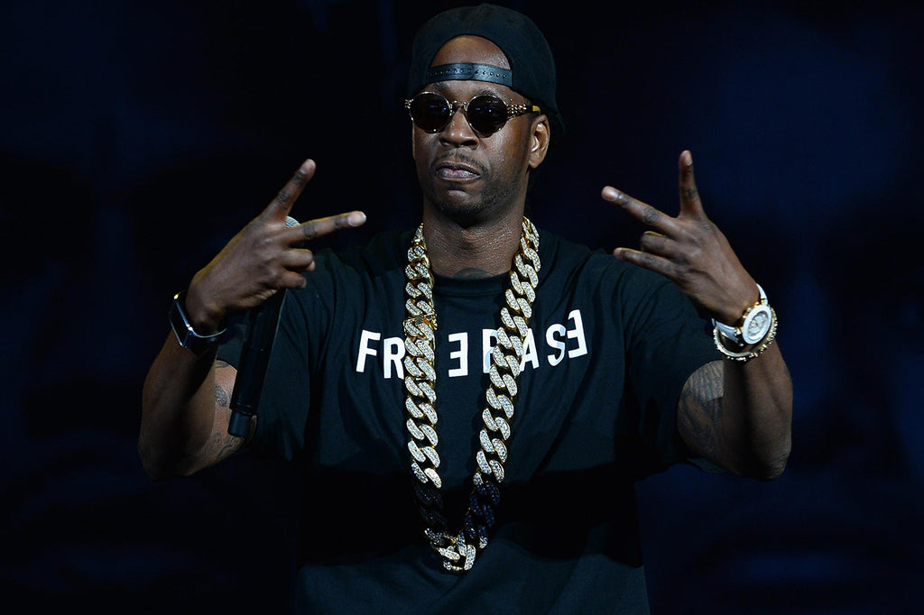 Why are rappers so obsessed with big gold chains ?