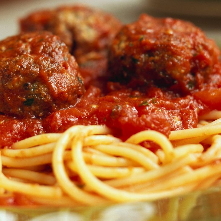 SPAGHETTI & MEAT BALLS. Frozen Meal. 2 Portions.