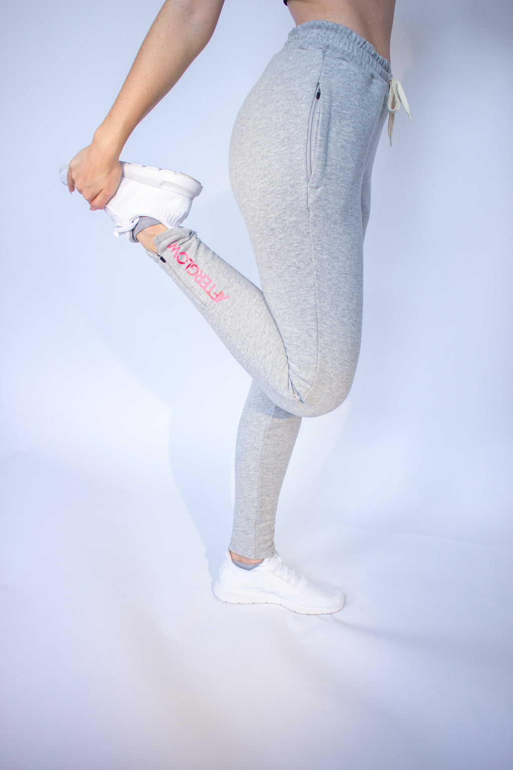 Women's Synapse Jogger - Light Grey