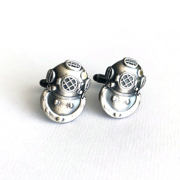 US Navy MkV Diving Helmet Cufflinks in Antique Silver Plated - Beneath the Sea
