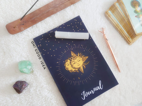 Oh! Good Idea Moon, gratitude Journal, Journaling stationery, self-development, self-care, spiritual, moon, soul writing, Ligia Costa