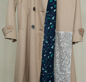 Long trench coat with back detail, sequins and lining