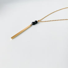 Load image into Gallery viewer, Babe Vertical Bar Essential Oil Necklace - Gold