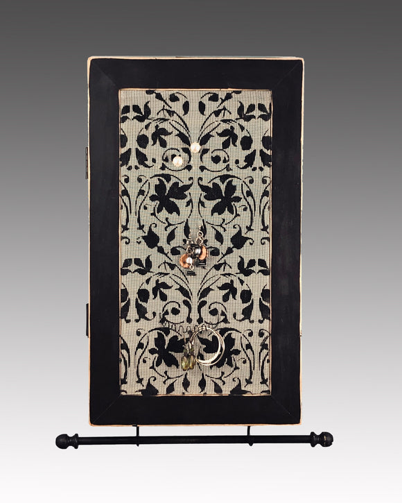 Earring Holder & Jewelry Organizer Cabinet - Aida Design Earring Holder Gallery